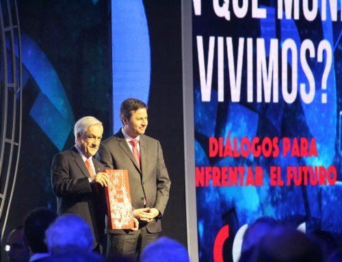 Presidente Sebastián Piñera recibe Atlas de Bienestar Territorial