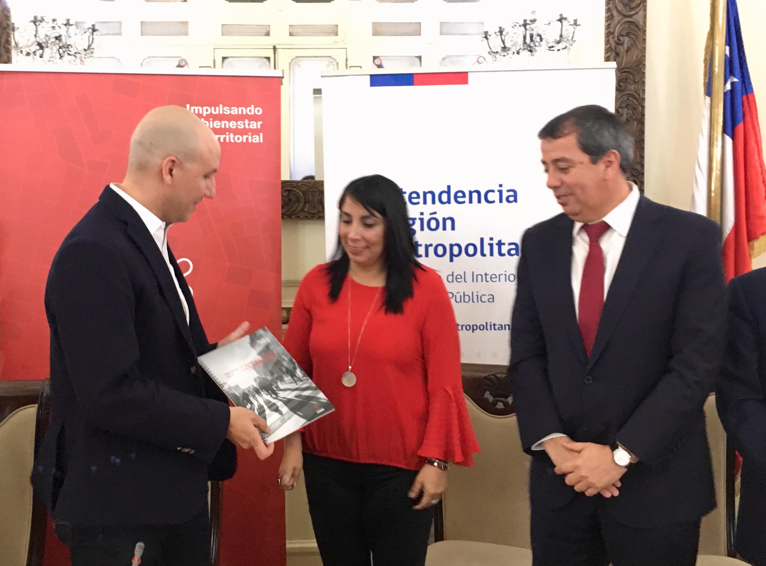 Intendencia Metropolitana recibe informe con recomendaciones para proyecto Nueva Alameda - Providencia